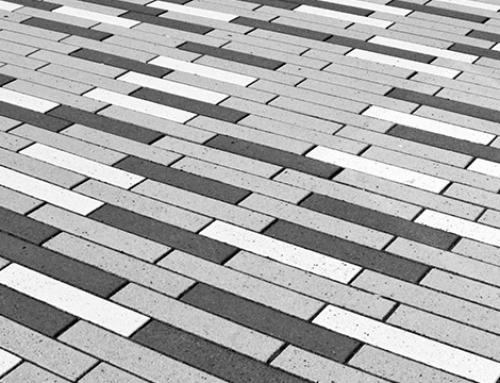 Op deze manier creëert u een goede grondlaag die noodzakelijk is voor alle typen straatwerk